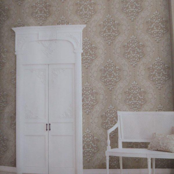 دکوراسیون داخلی پذیرایی با کاغذ دیواری
