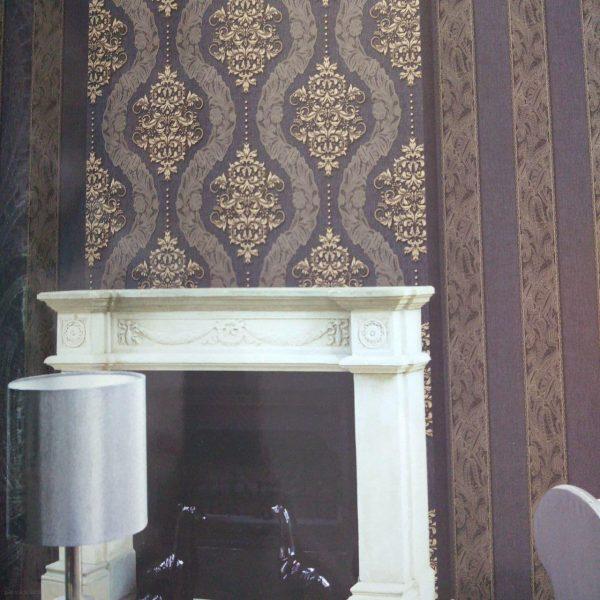 دکوراسیون داخلی پذیرایی با کاغذ دیواری تیره